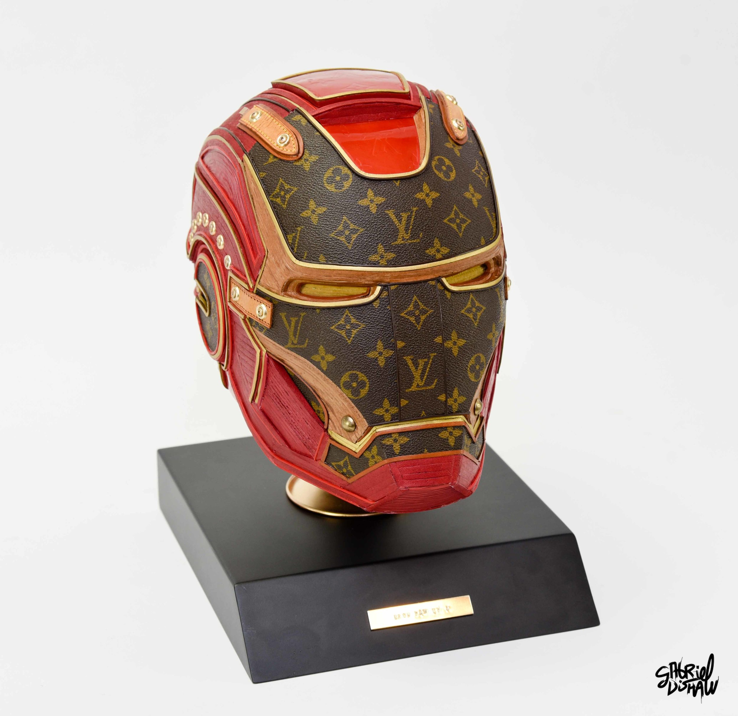 Iron Man LV 4 -