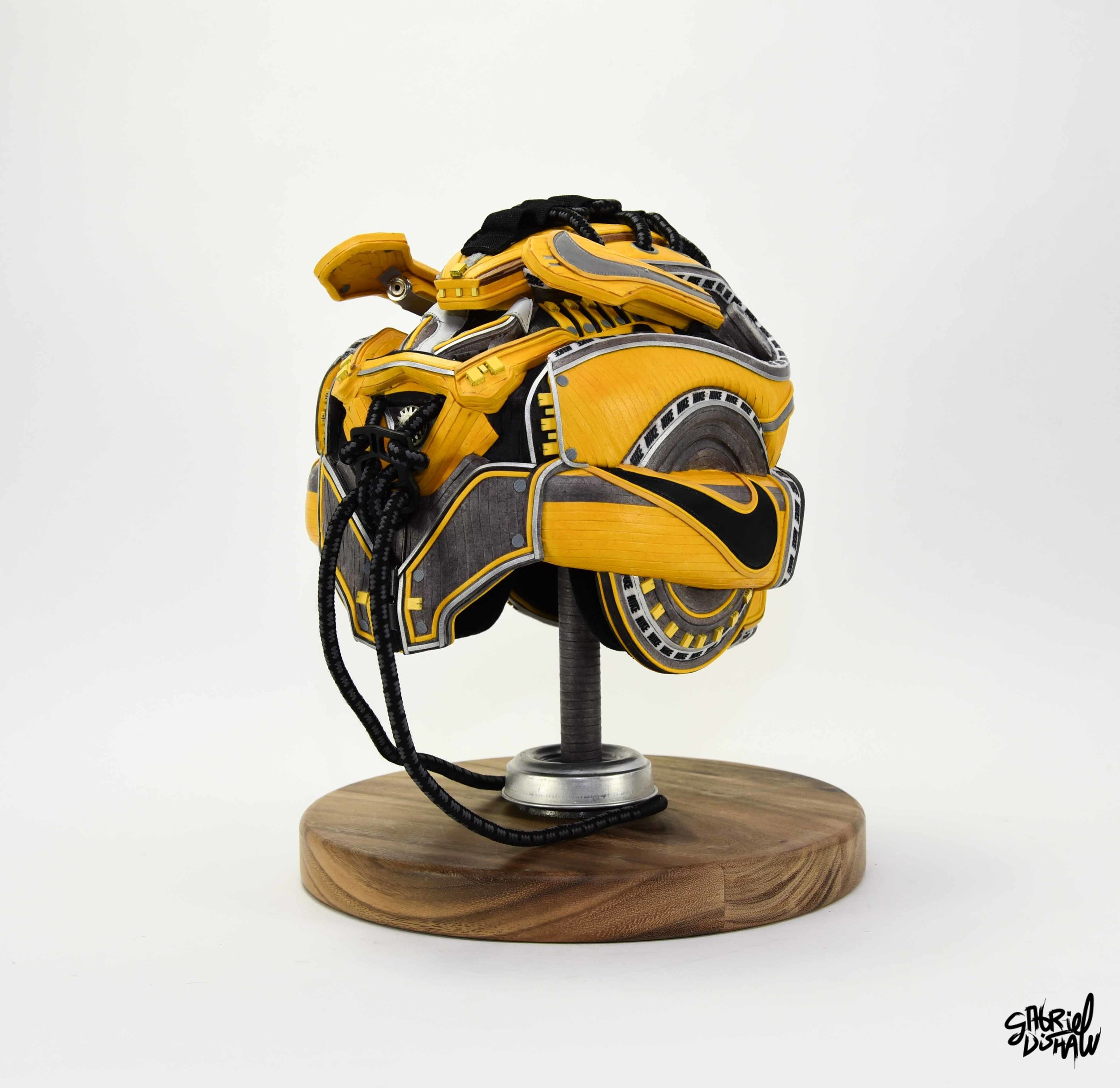 Gabriel Dishaw Bumblebee Swoosh-8516.jpg