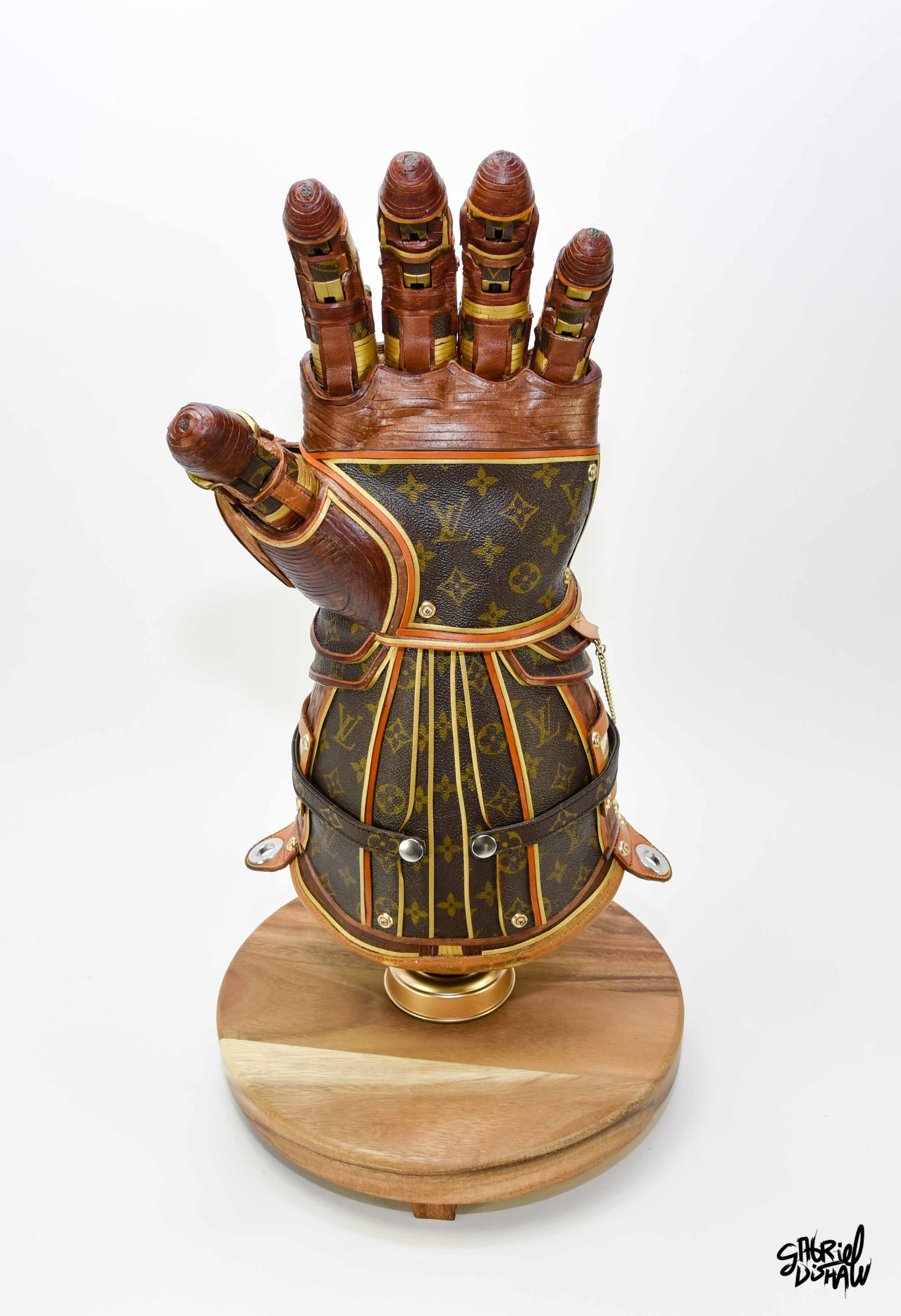 Gabriel Dishaw Infinity Gauntlet LV-9238.jpg