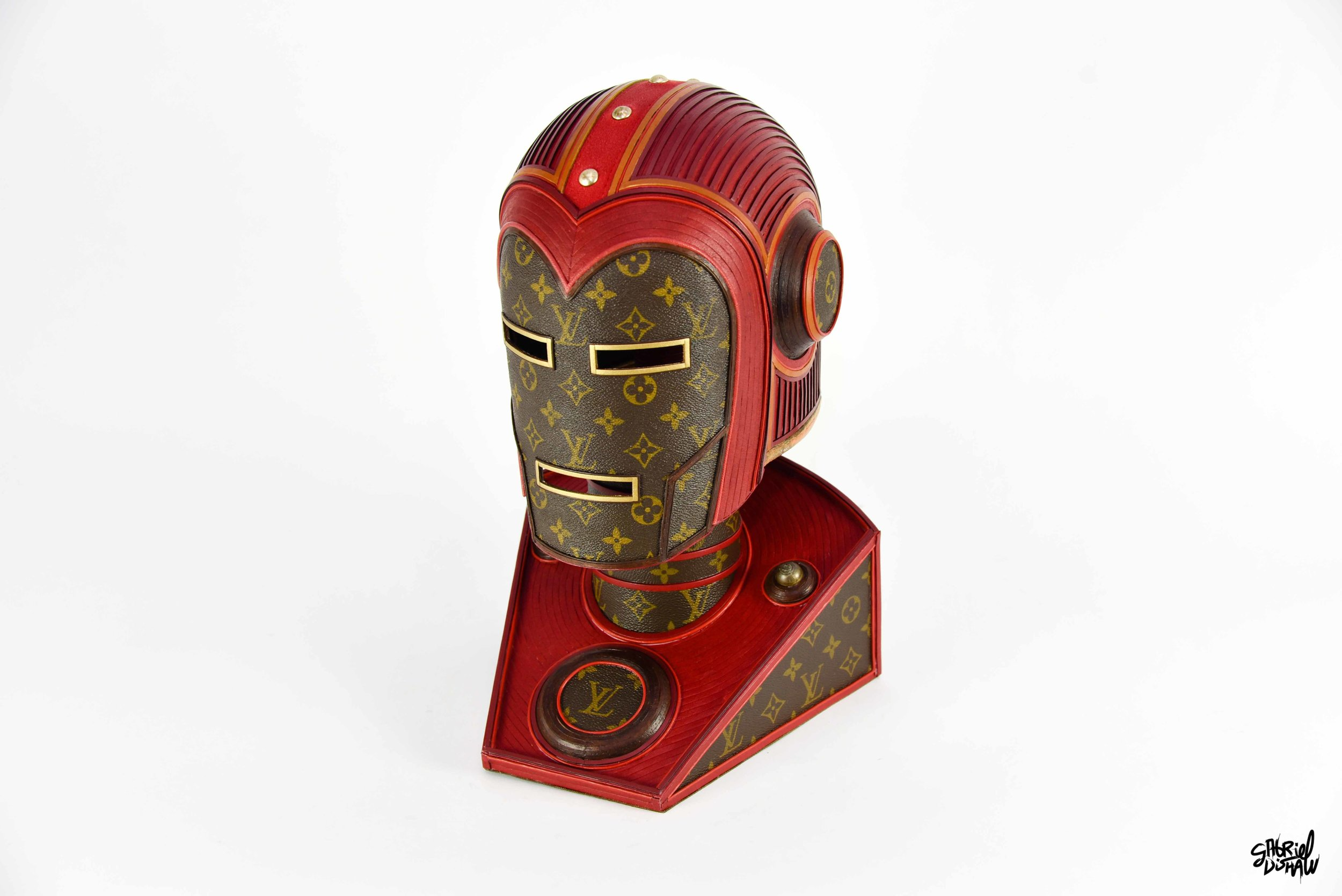 Gabriel Dishaw Vintage Iron Man LV-0216.jpg