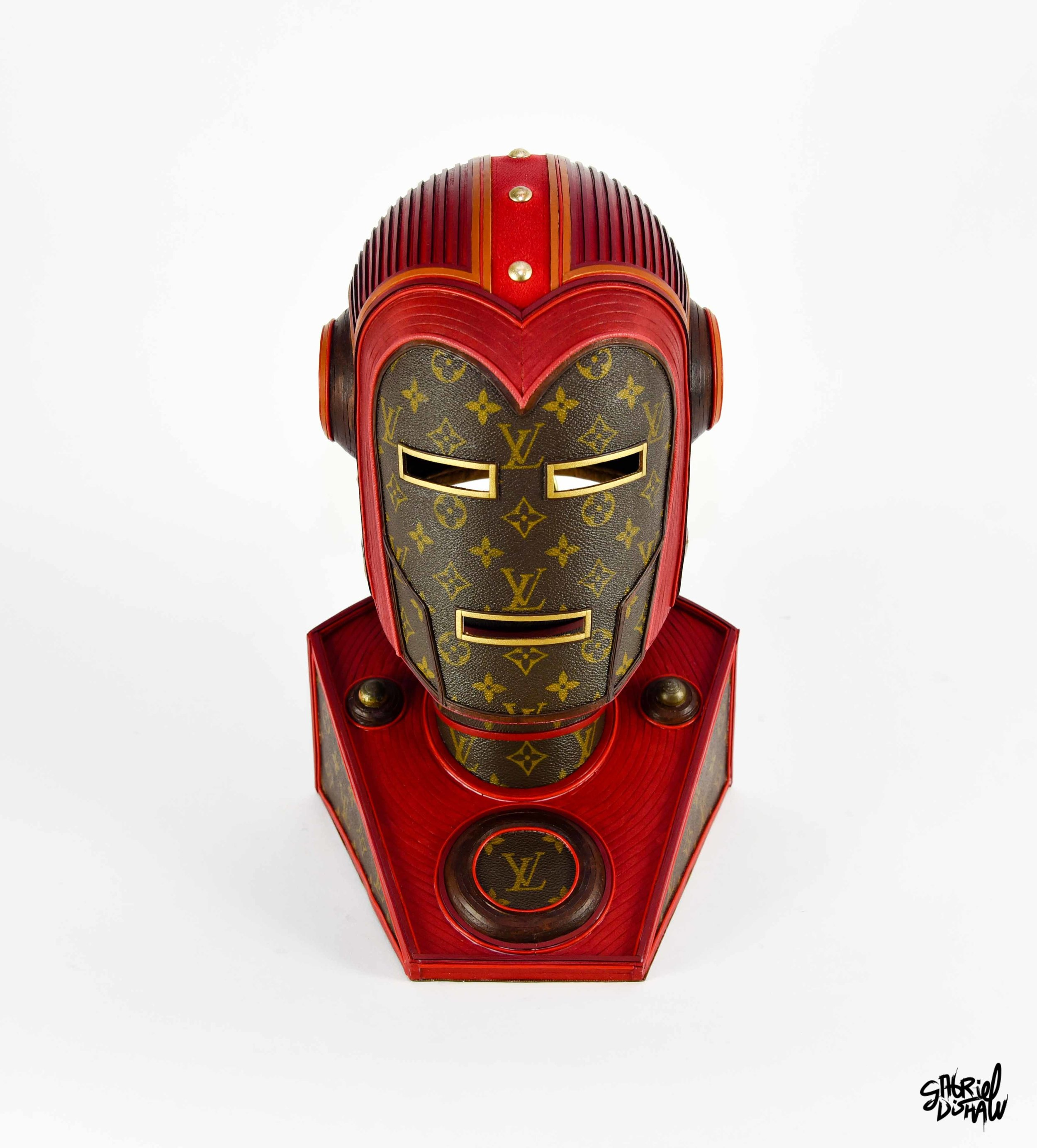 Vintage Iron Man LV -