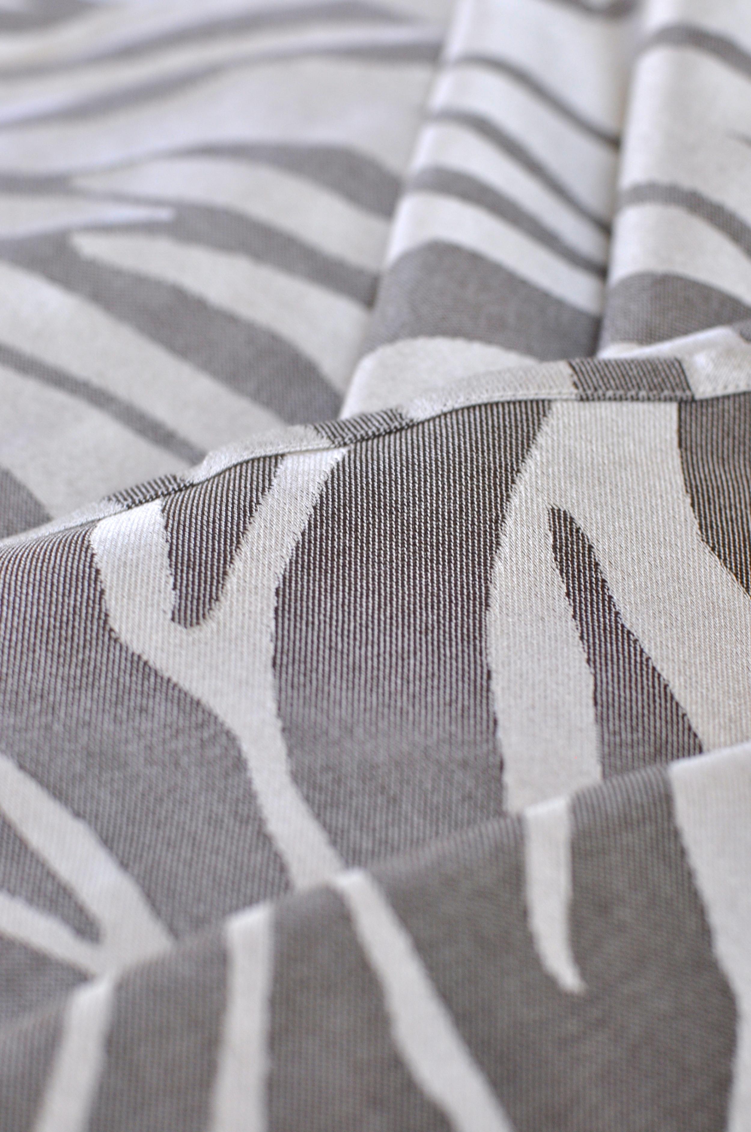 Zebra - 04.jpg