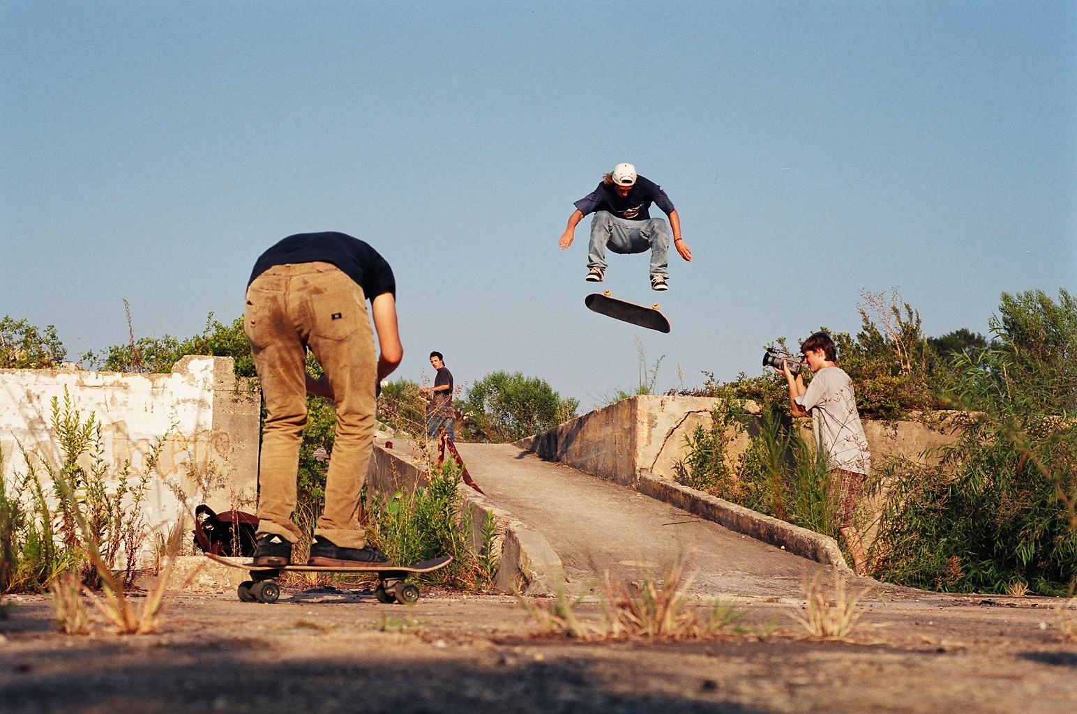 Wells - Switch Frontside Flip