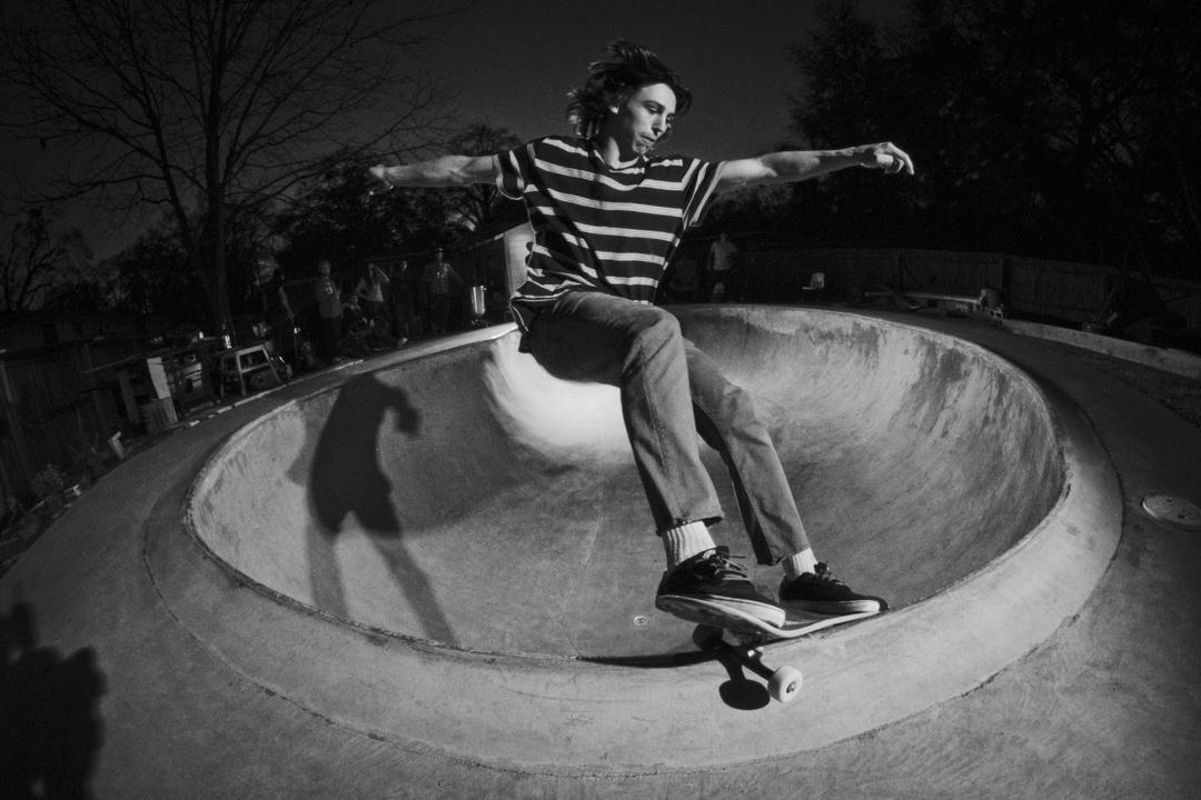 Vance Morvil - Smith Grind
