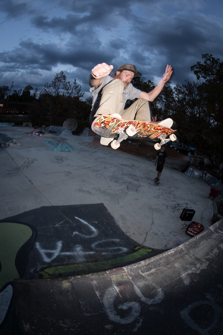 Then he popped a large ollie to show off that fresh Brainstorm Skateboards graphic.