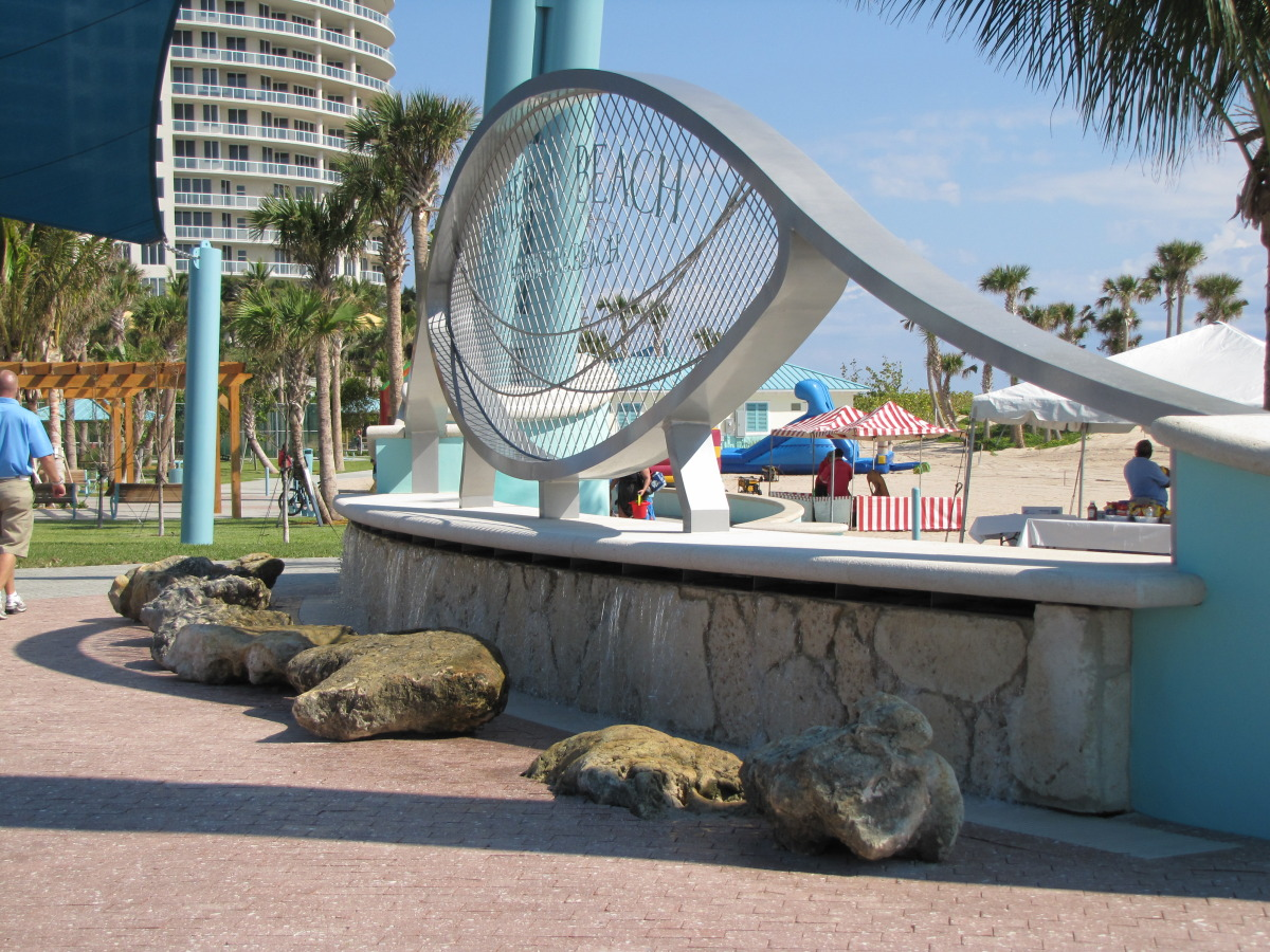city of riviera beach municipal beach park ocean mall sign with vendors.jpg