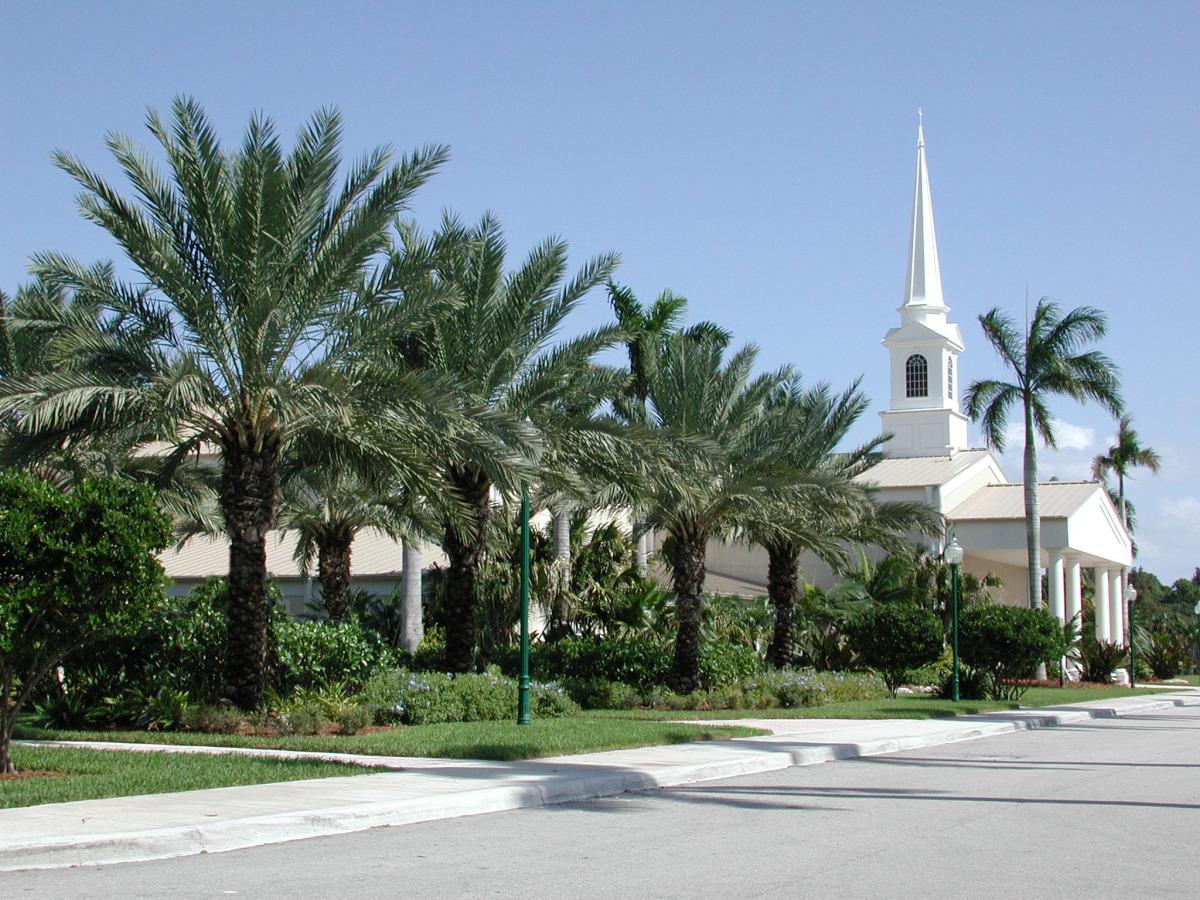 fellowship hall at christ fellowship church landscaping pbg.jpg