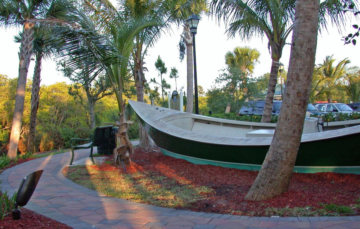 quarterdeck jupiter boat play structure.jpg