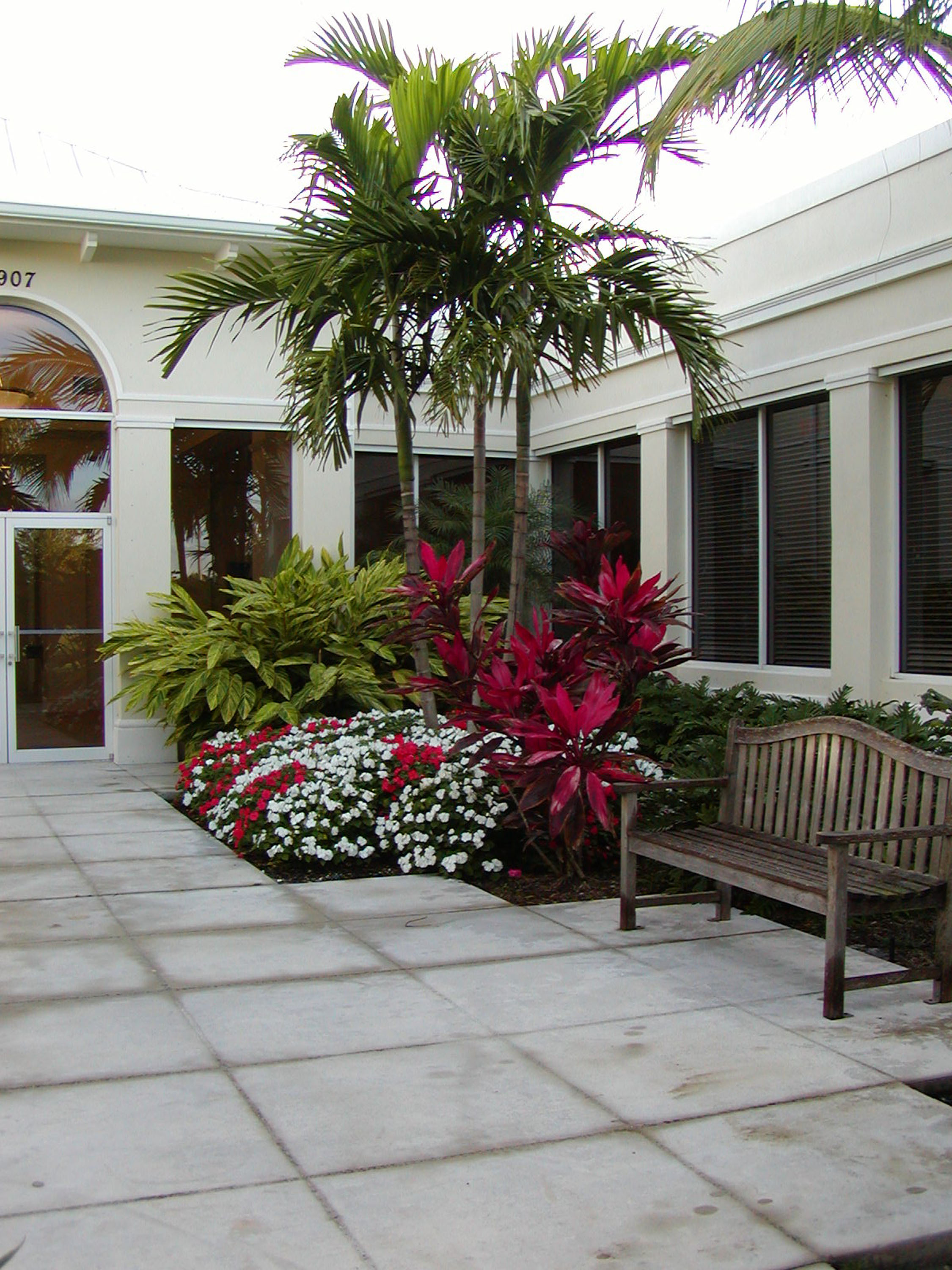 Gentile Holloway O'Mahoney Landscape Architects Planners Environmental Consultants Courtyard.jpg