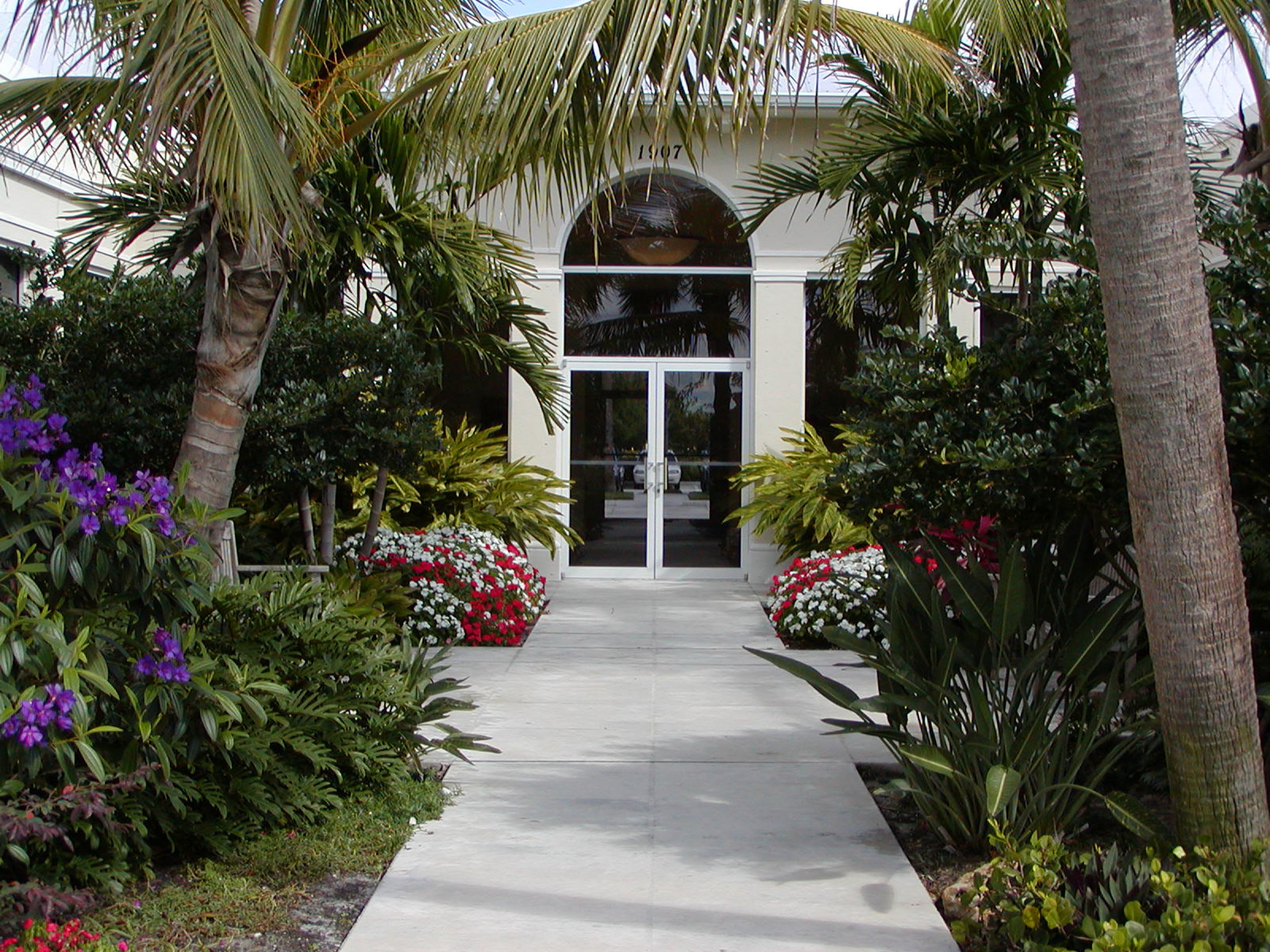 Gentile Holloway O'Mahoney Landscape Architects Planners Environmental Consultants Front Entry.jpg