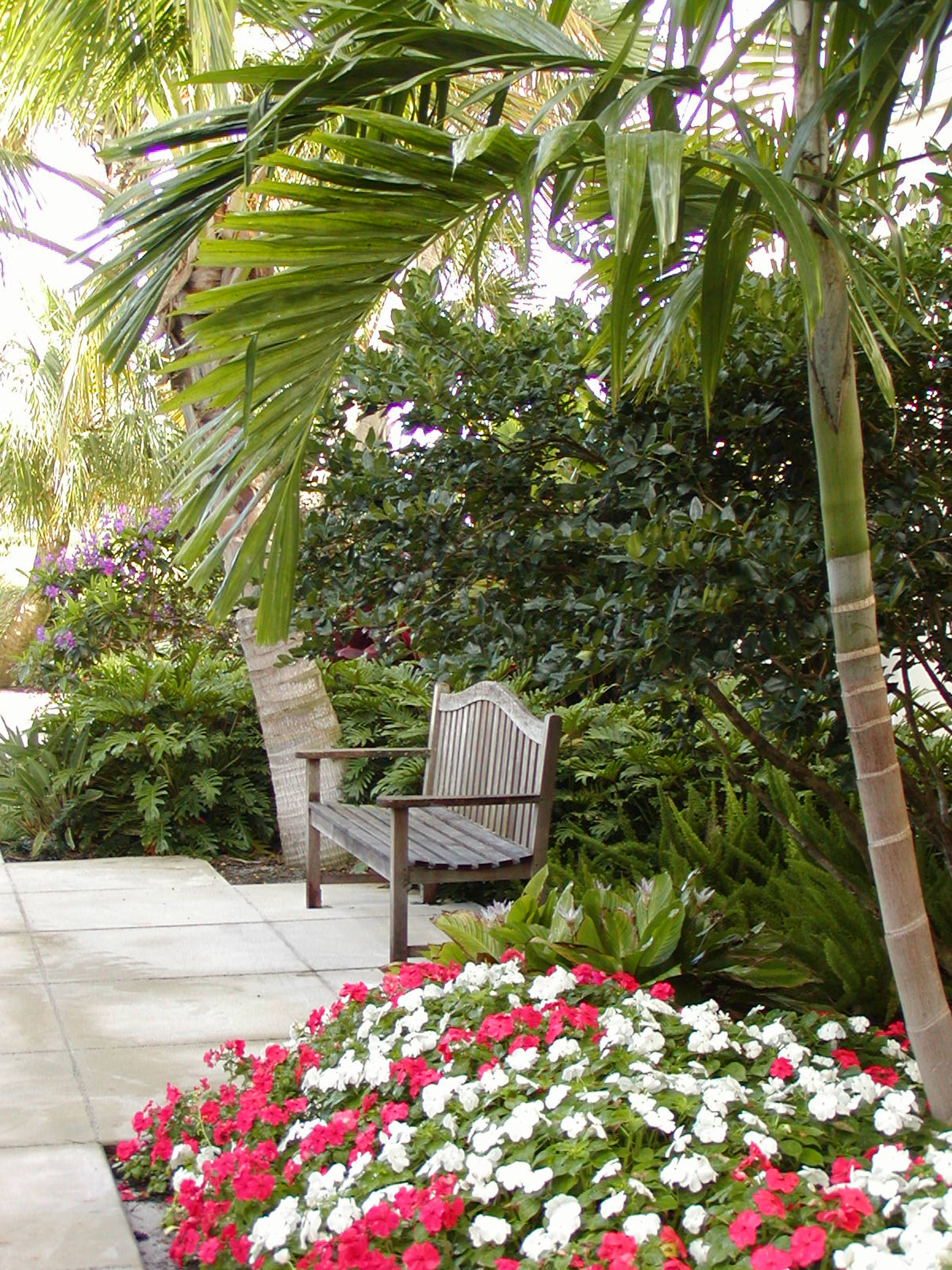 Gentile Holloway O'Mahoney Landscape Architects Planners Environmental Consultants Seating Area.jpg