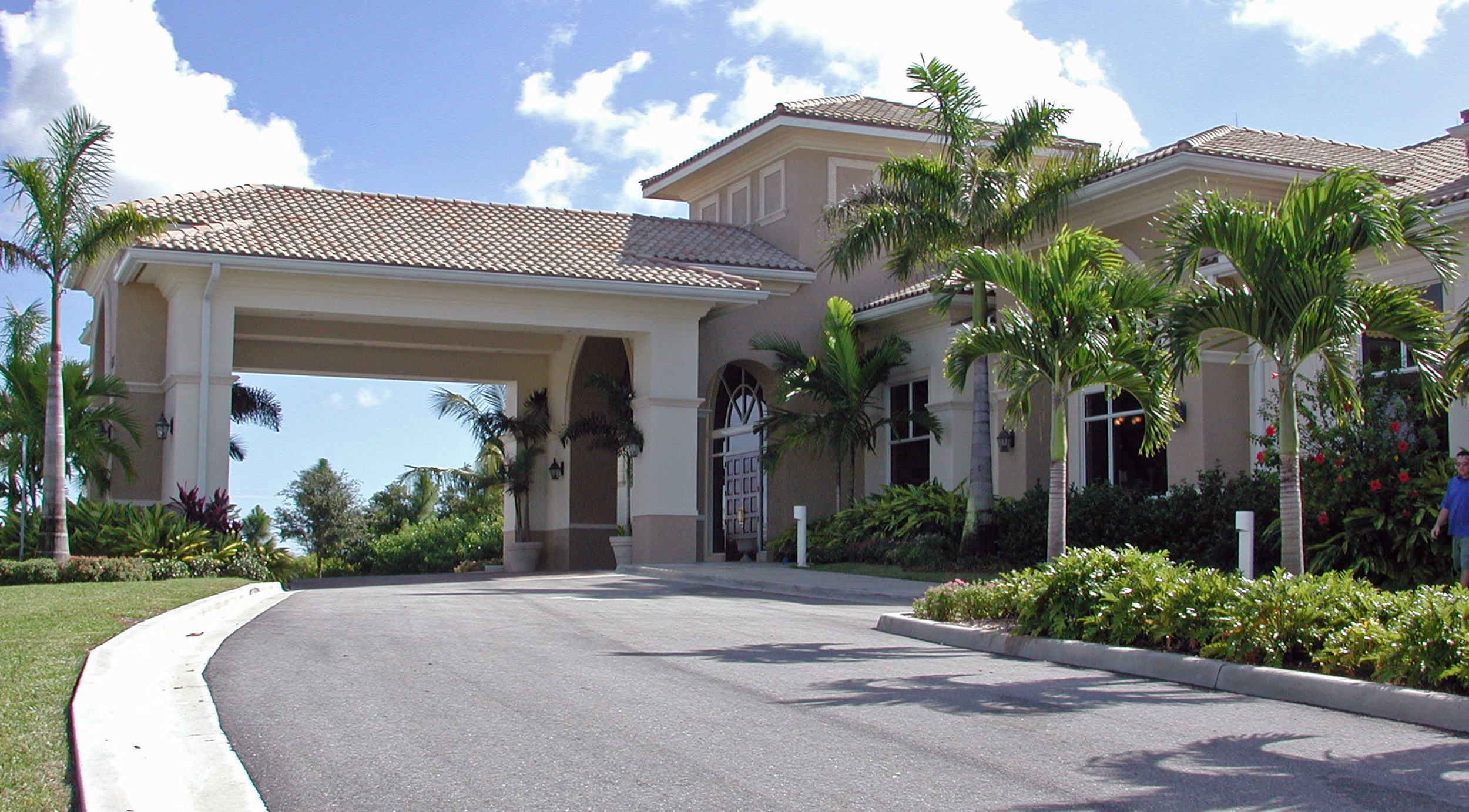 Abacoa Golf Clubhouse Jupiter Florida Entry Drive.jpg