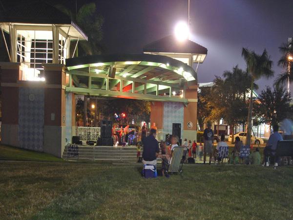 Abacoa Town Center Jupiter Florida Amphitheater at Night.jpg
