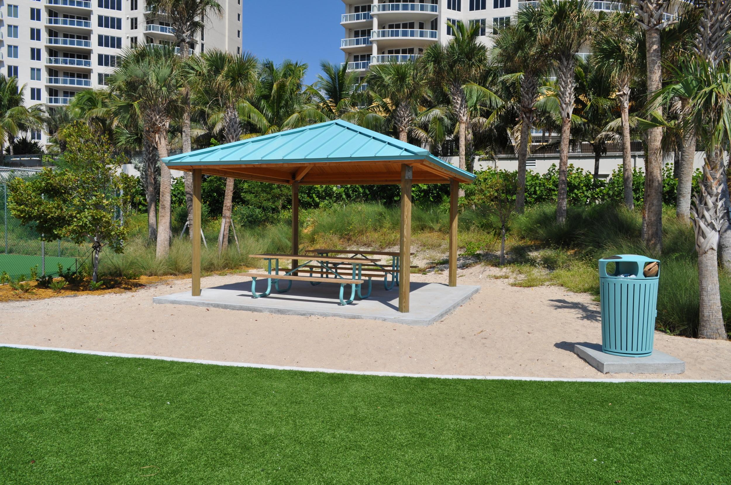 City of Riviera Beach Municipal Beach Park Ocean Mall Picnic Pavallion.jpg