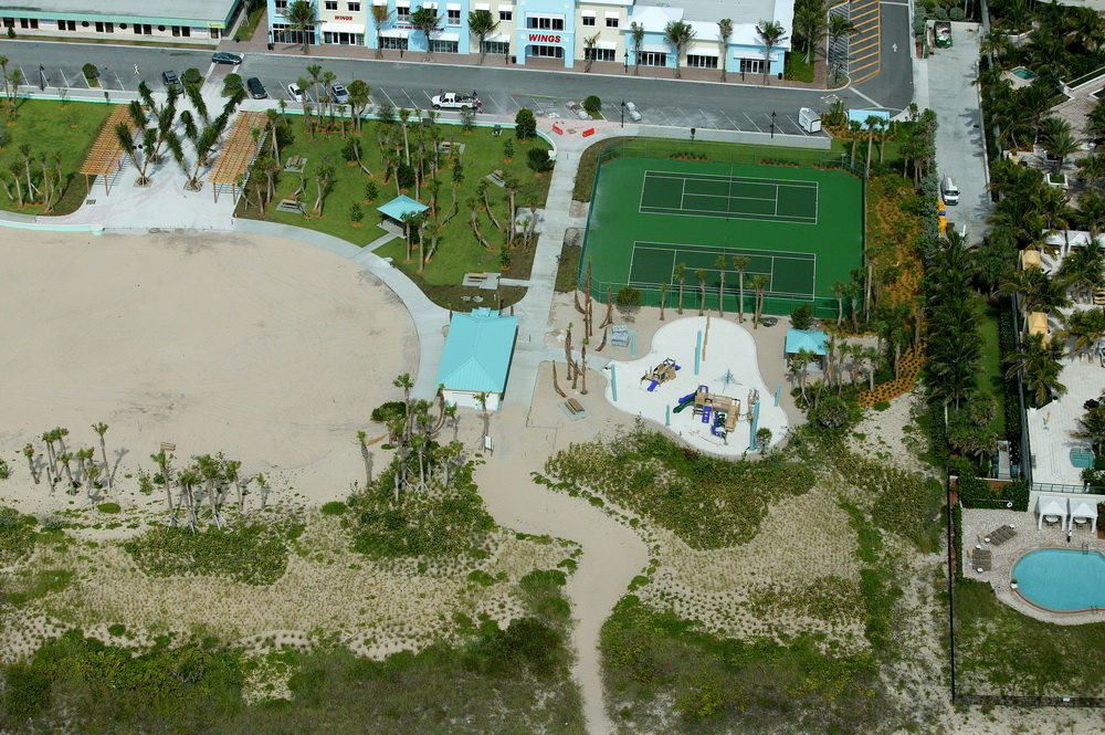 City of Riviera Beach Municipal Beach Park Ocean Mall Playground Construction.JPG