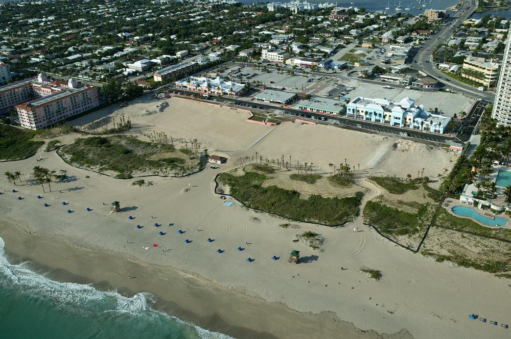 City of Riviera Beach Municipal Beach Park Ocean Mall Preconstruction Aerial Existing Dune.JPG