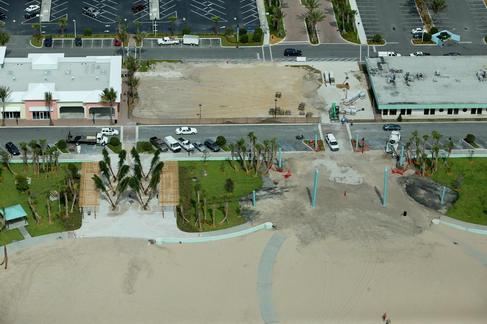 City of Riviera Beach Municipal Beach Park Ocean Mall Shade Sail Being Installed.JPG