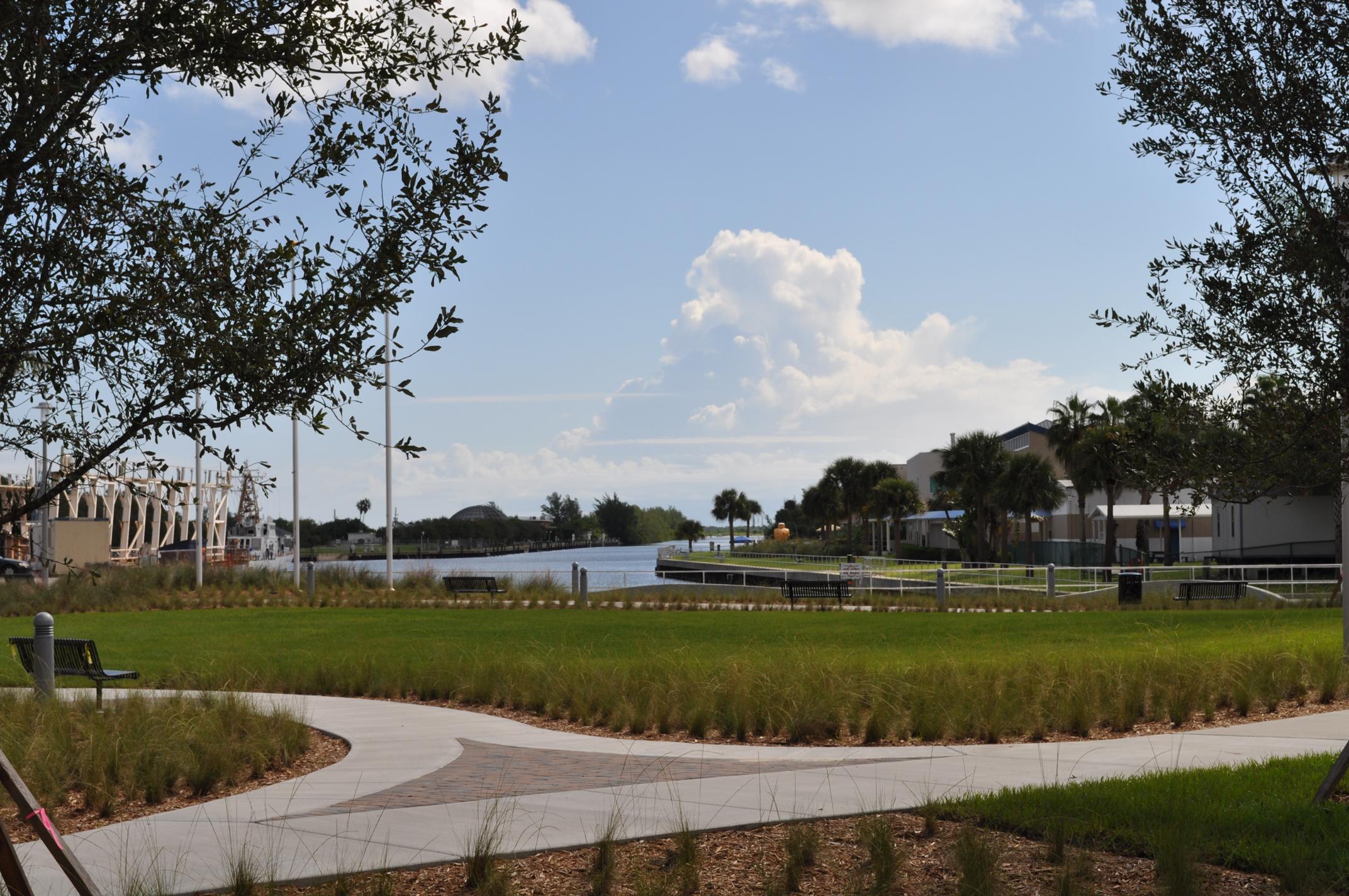 Harbor Branch Oceanographic Institute at FAU Research Laboratory II Open Lawn Native Grasses.JPG