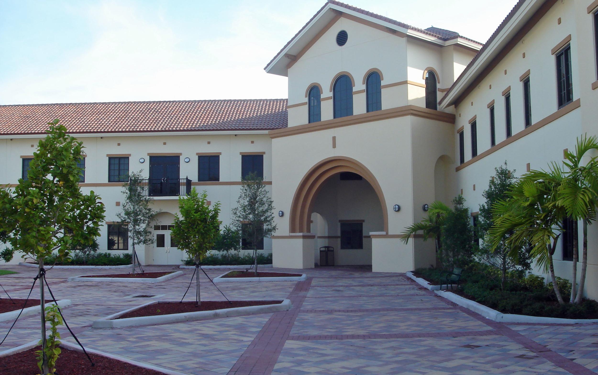Jupiter Christian School Jupiter Florida Interior Courtyard.JPG