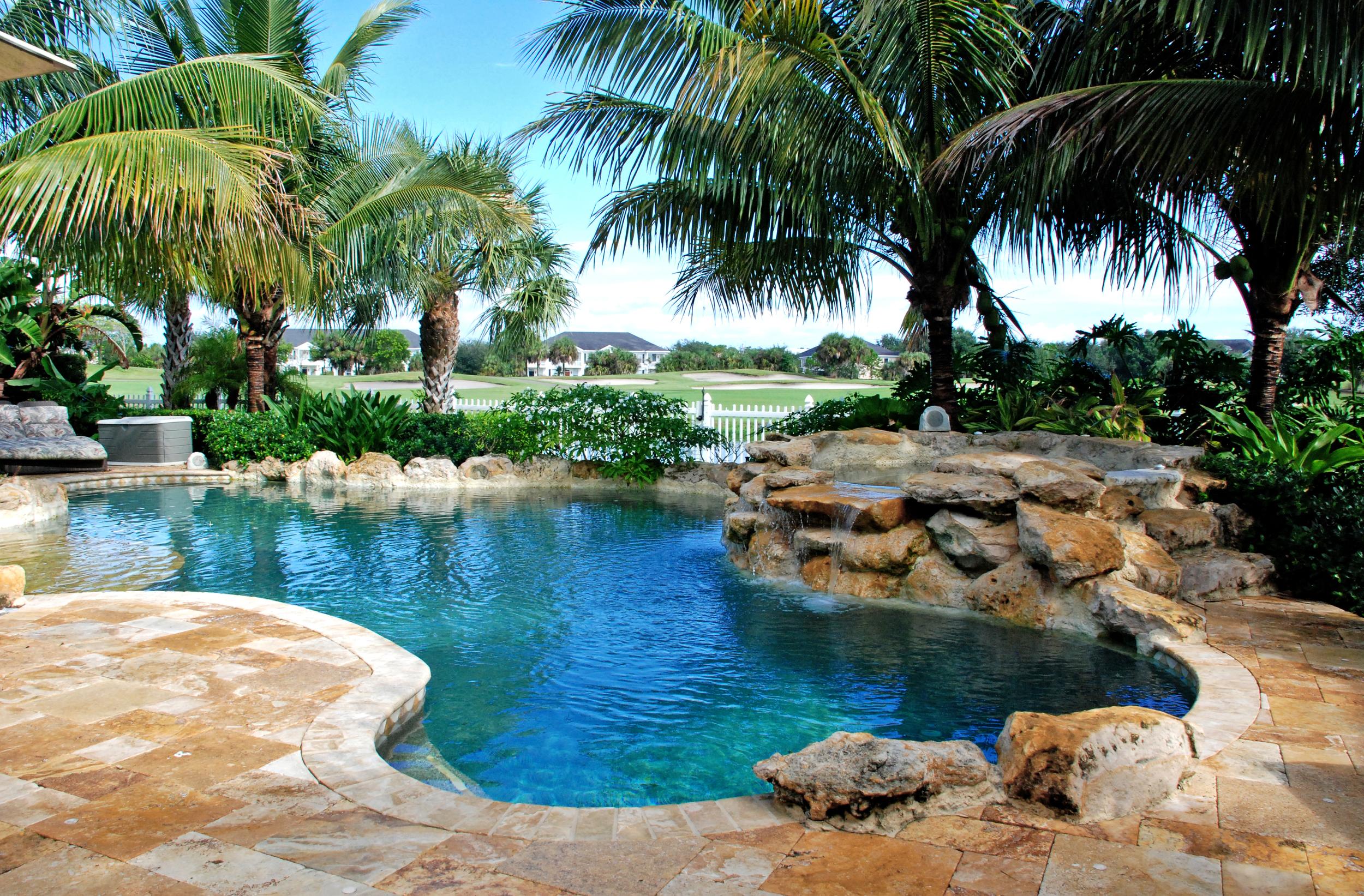 The Island at Abacoa Residence Cap Rock Spa Naturalistic Pool.jpg