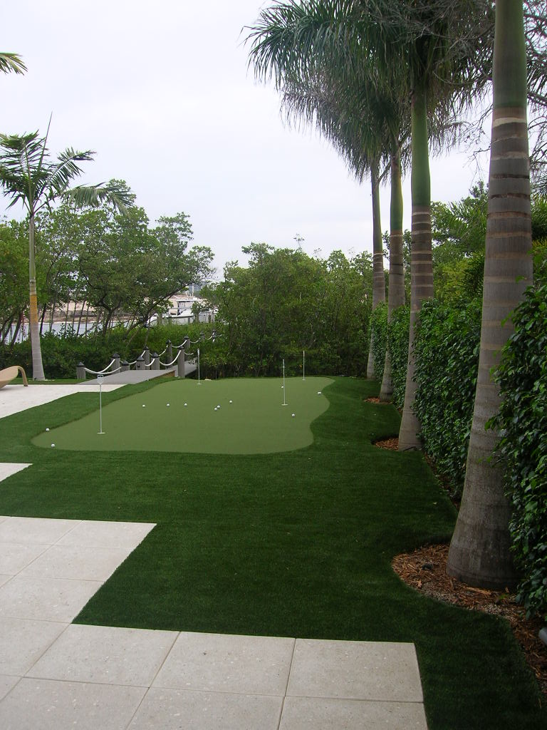 Palm Beach Gardens Intracoastal Residence Home Putting Green.JPG