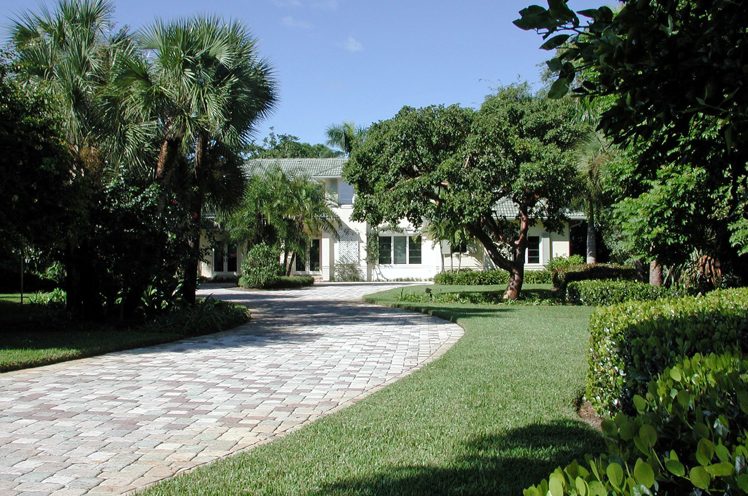 Loxahatchee River Residence Main Paver Entry.jpg