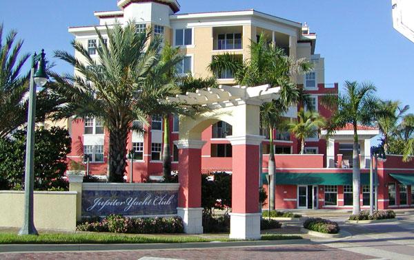 Jupiter Yacht Club Florida Entry Sign Trellis.jpg