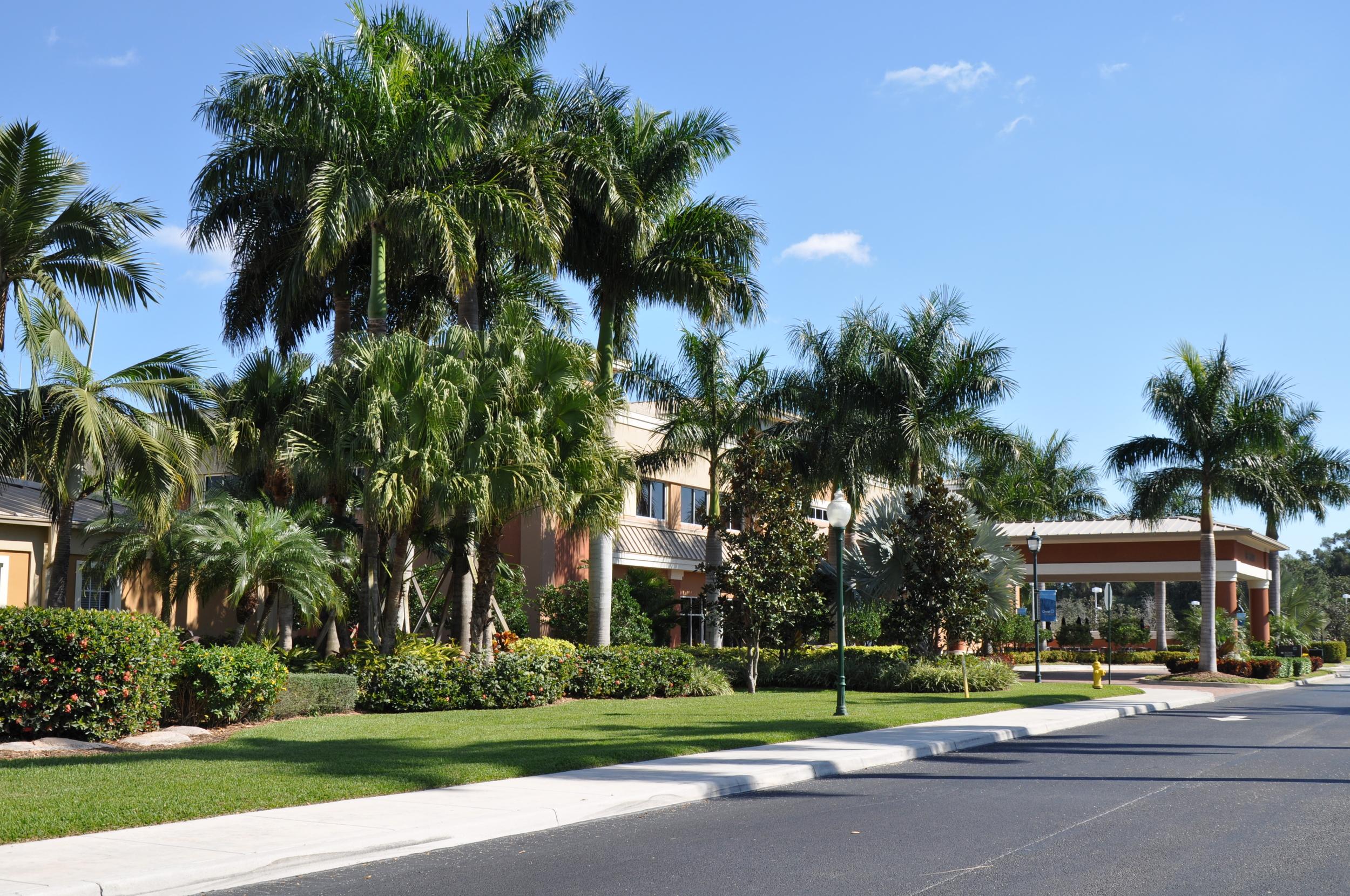 Christ Fellowship Church PBG Tropical Florida Landscaping.JPG