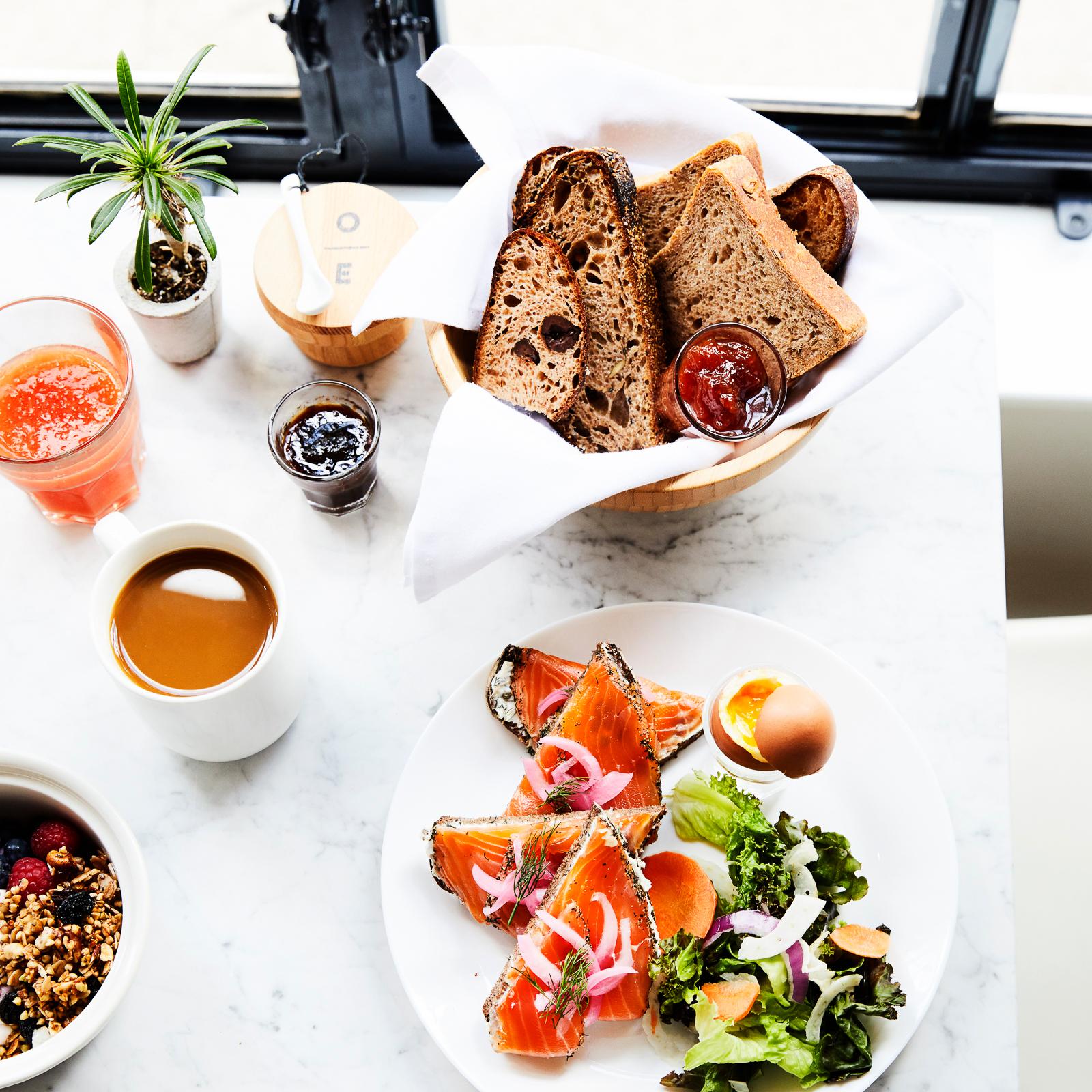 over easy breakfast club -