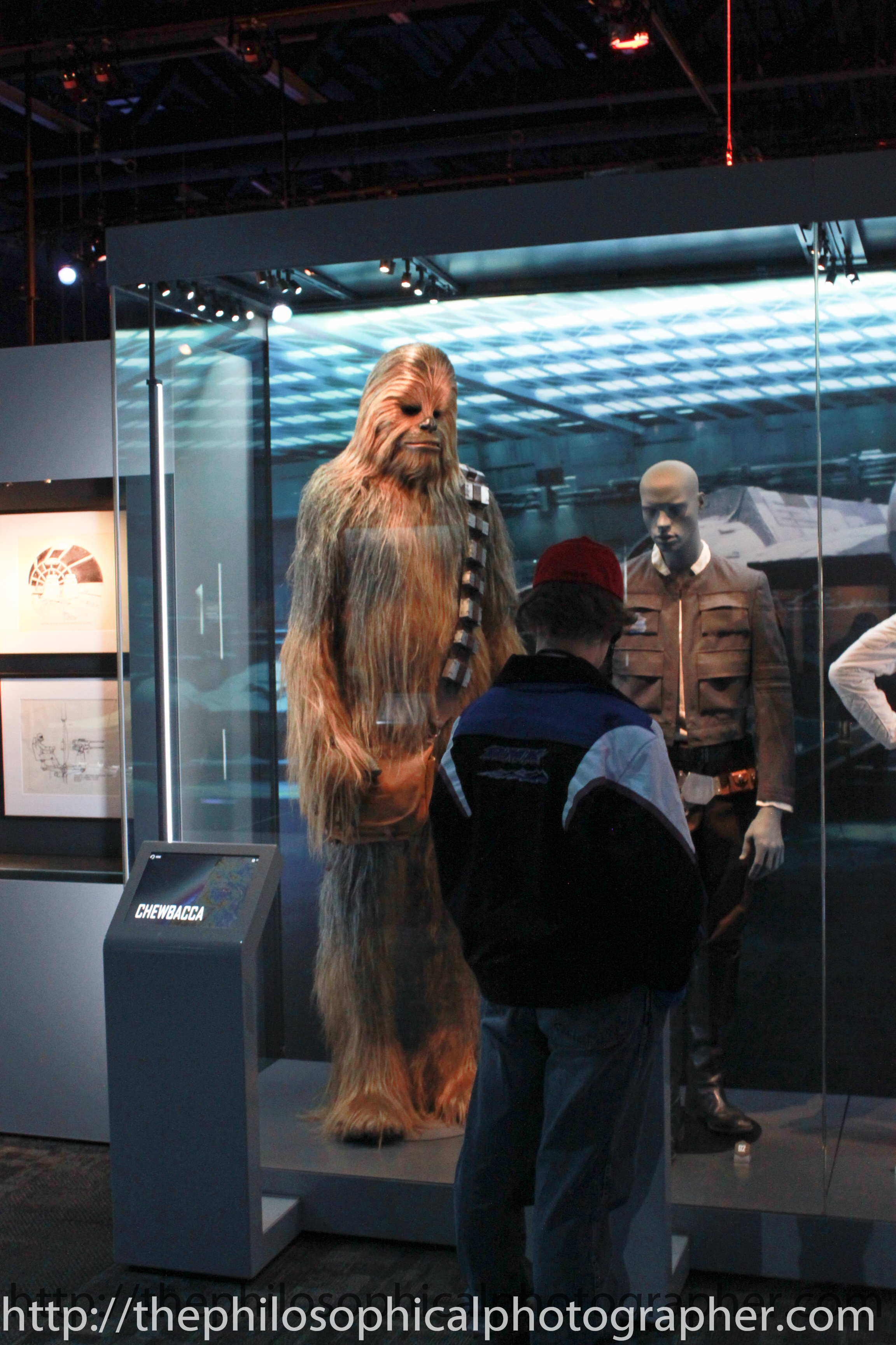Chewbacca played by Peter Mayhew 7 ft 3 in