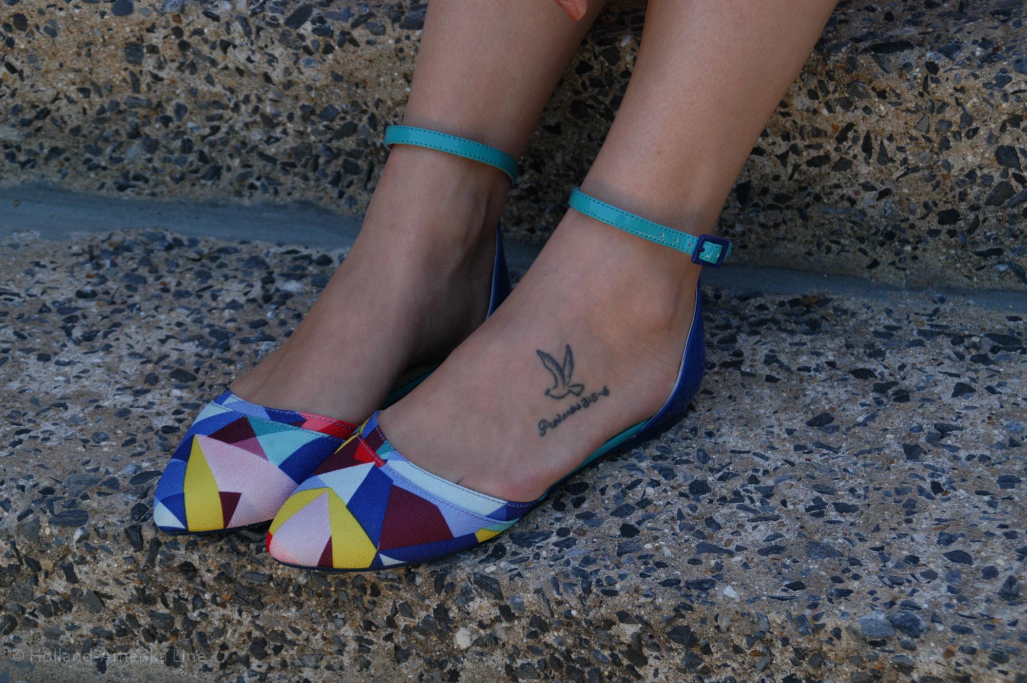Dress: J.Crew | Shoes:  Poetic Licence | Bag; Kate Spade ( similar ) | Necklace: J.Crew | Watch:  Fossil  | Bracelets:  Alex & Ani , Baublebar, Forever21 | Glasses:  RayBan