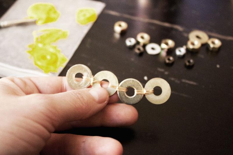 128js-DIY-Washer-Necklace-5.jpg