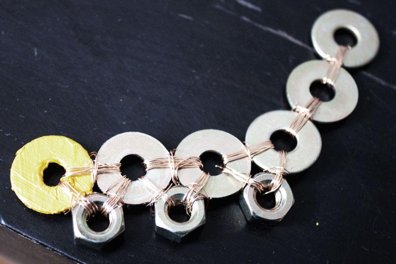 128js-DIY-Washer-Necklace-6.jpg