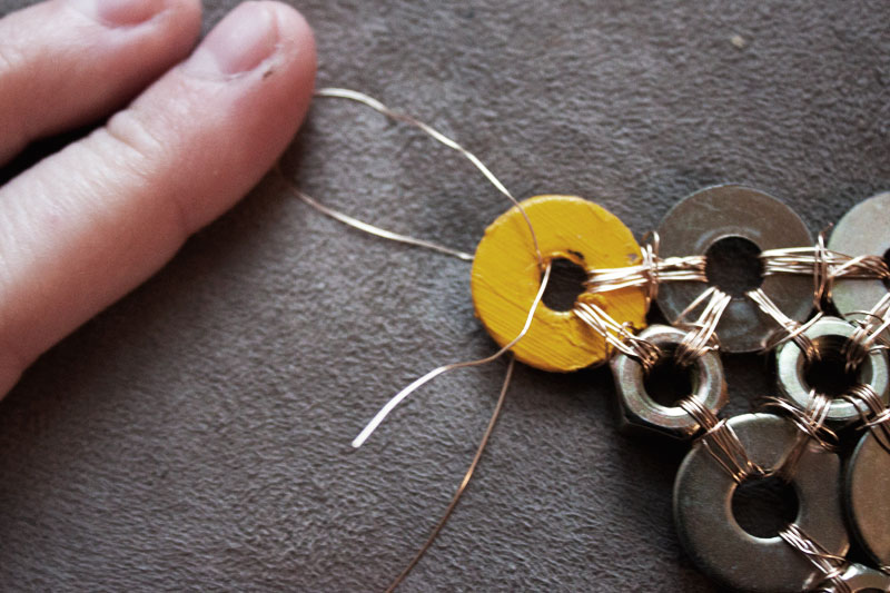 128js-DIY-Washer-Necklace-10.jpg