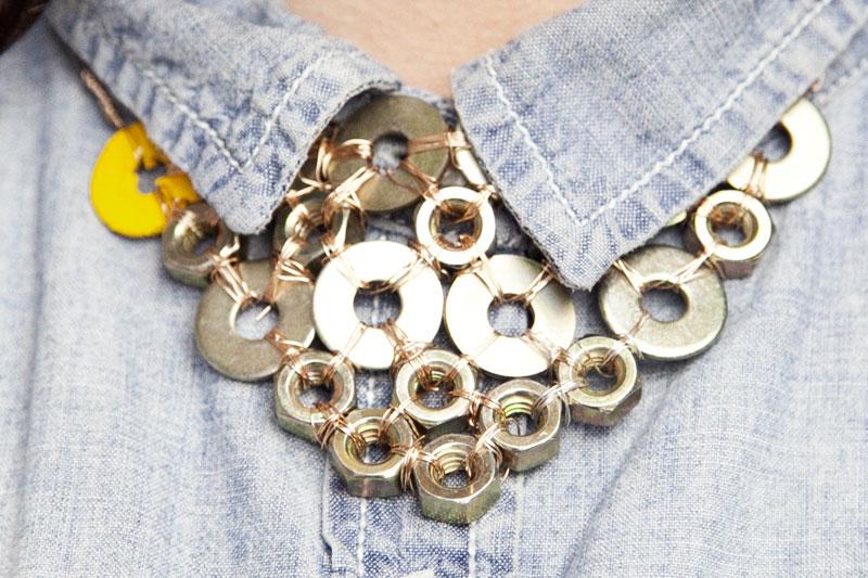 128js-DIY-Washer-Necklace-18.jpg