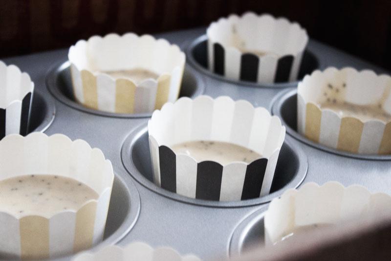 128js-Lemon-Poppyseed-Cupcake-8-Post.jpg