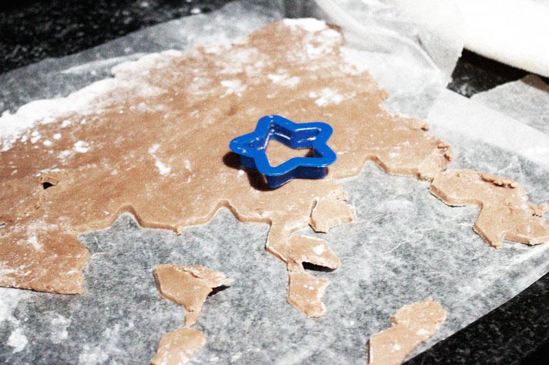 128js-Gingerbread-Cookie-6.jpg