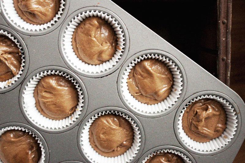 128js-Gingerbread-Cupcake-5.jpg