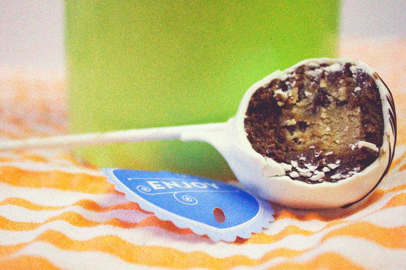 128js-Cookie-Dough-Brownie-Pop-12.jpg