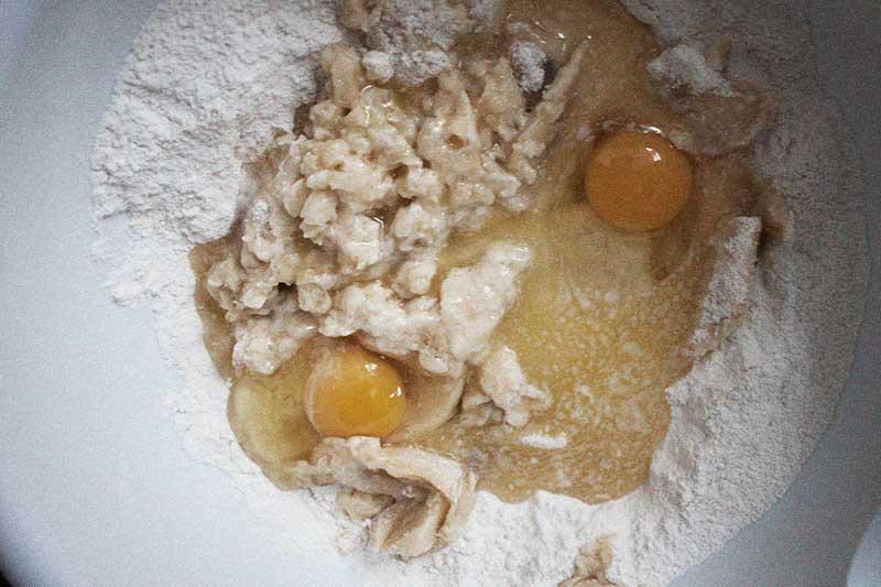 128js-Banana-Nut-Cupcake-3.jpg