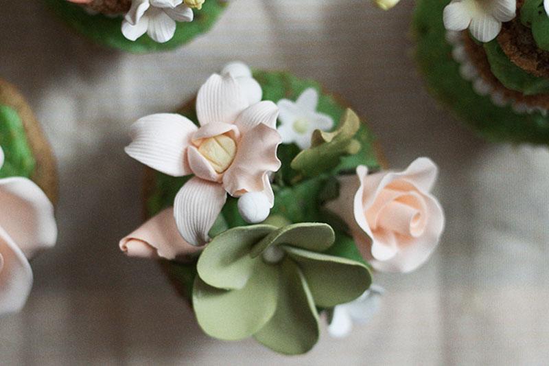 128js-Spring-Tiered-Pistachio-Cupcake-10.jpg