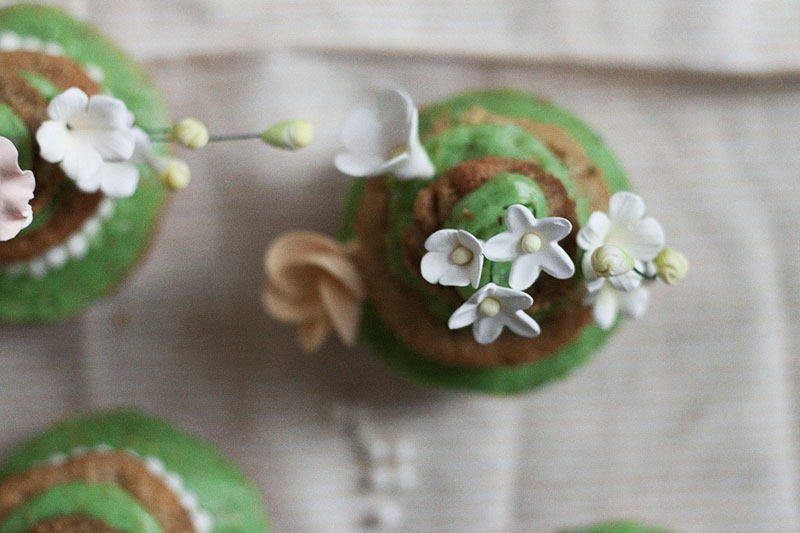 128js-Spring-Tiered-Pistachio-Cupcake-12.jpg