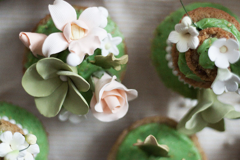 128js-Spring-Tiered-Pistachio-Cupcake-23.jpg