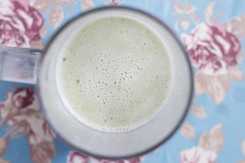 128js-Mint-Lemonaid-Cupcake-3.jpg