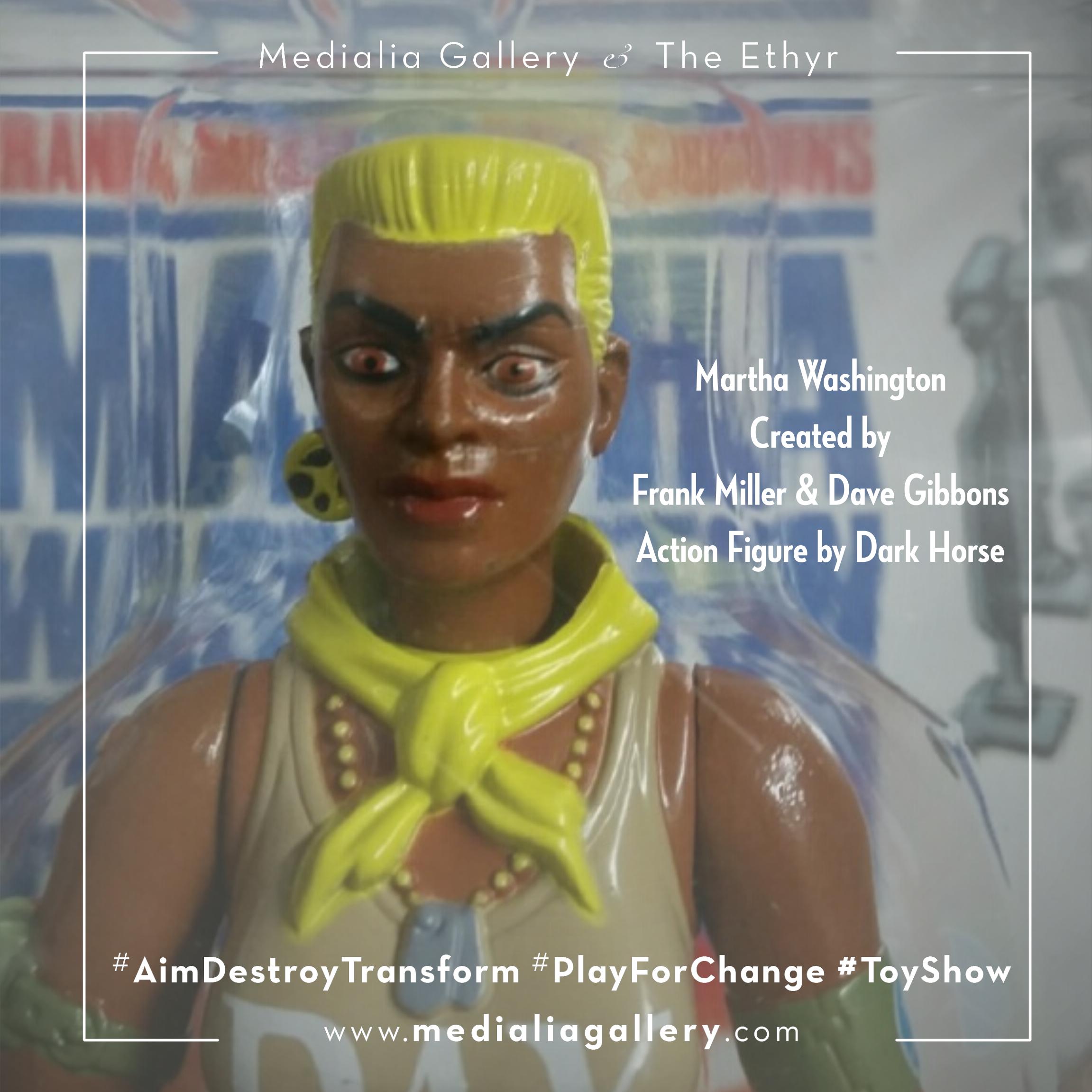 MedialiaGallery_The_Ethyr_AimDestroyTransform_Toy_Martha_Washington_Frank_Miller_Dave_Gibbons_November_2017.png