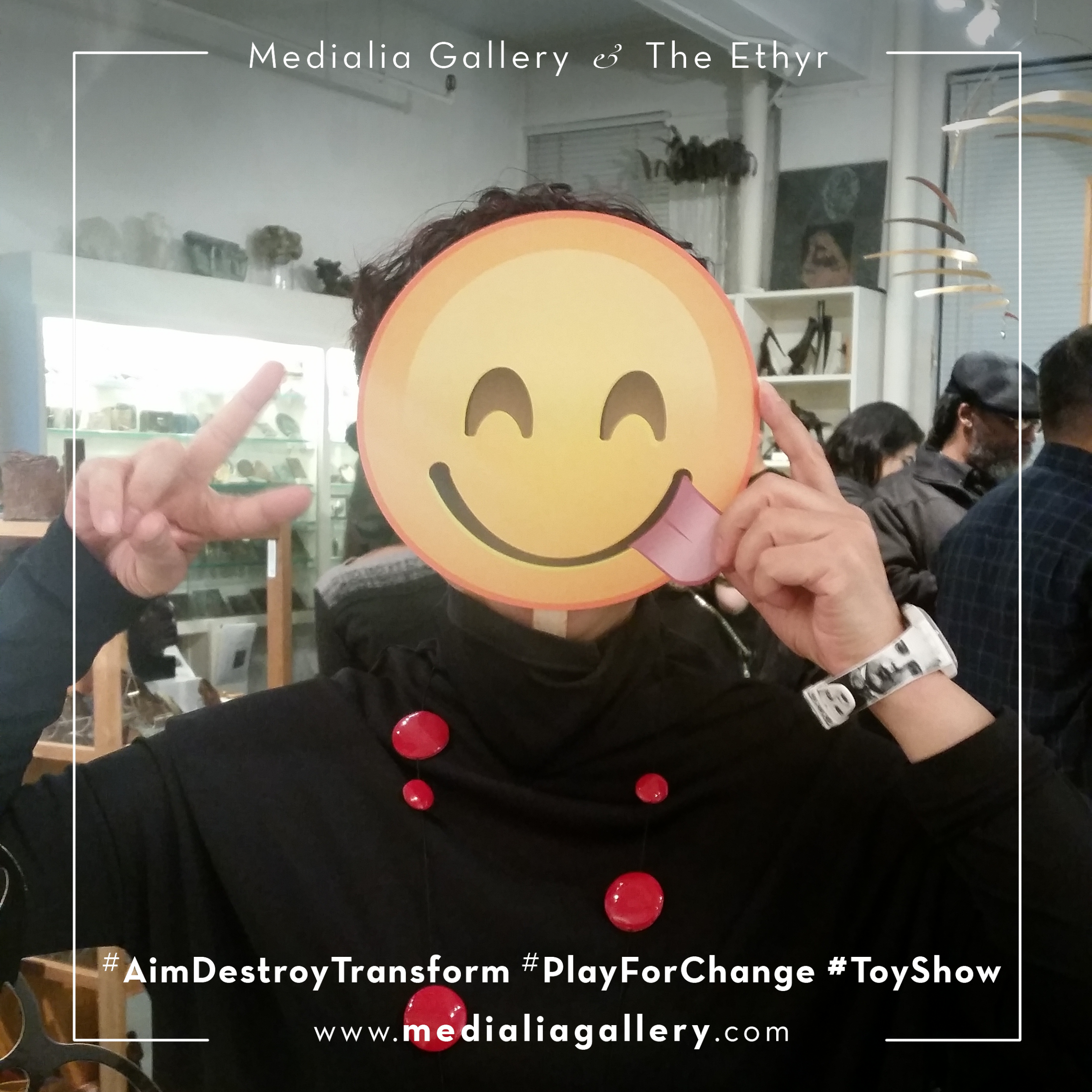 MedialiaGallery_The_Ethyr_AimDestroyTransform_Toy_Show_announcement_Guests_Photo_Props_November_2017.jpg.png