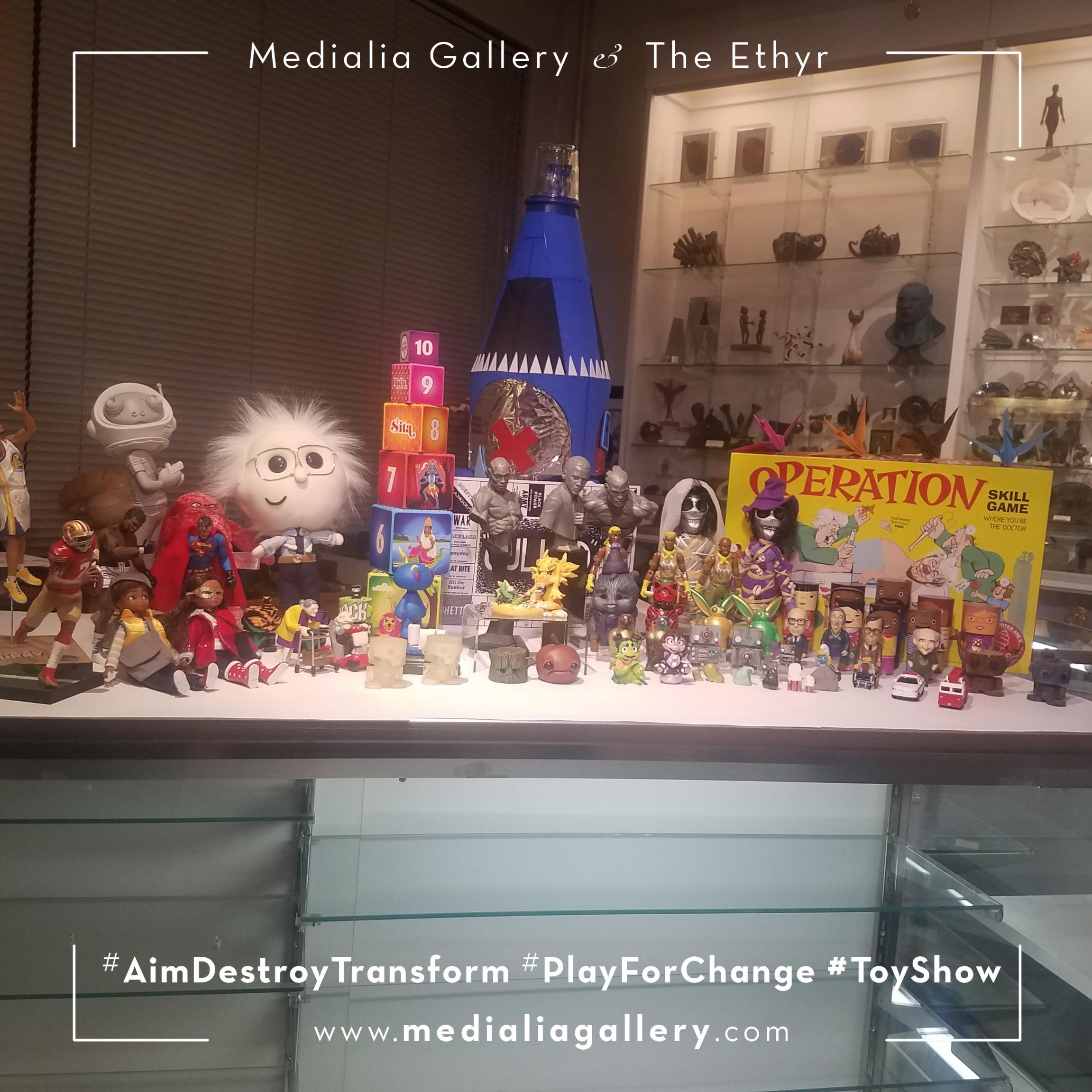 MedialiaGallery_The_Ethyr_AimDestroyTransform_Toy_Show_NYC_Tour_Group_Medialia_November_2017.png