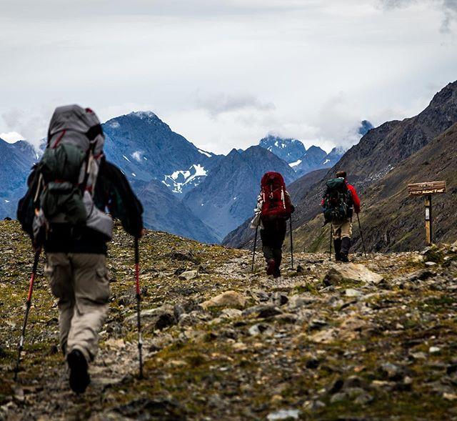 Atop the pass headed towards Raven Glacier