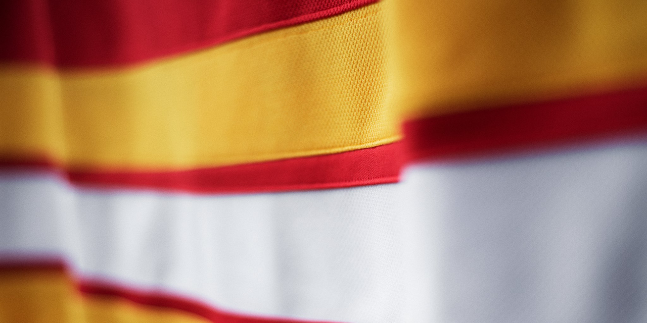 0924-cgy18alt-stripes.png