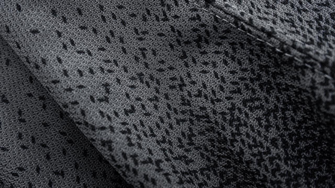 0207-tbl19alt-sleeve-detail.jpg